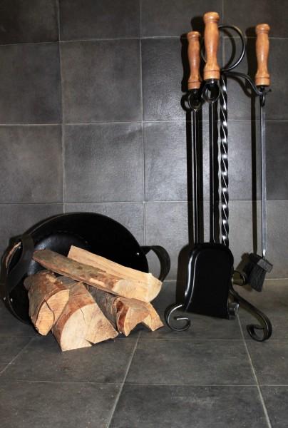 Kaminofenbesteck mit Holzgriffen